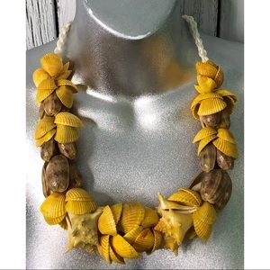 Jewelry - Seashell Lei Necklace